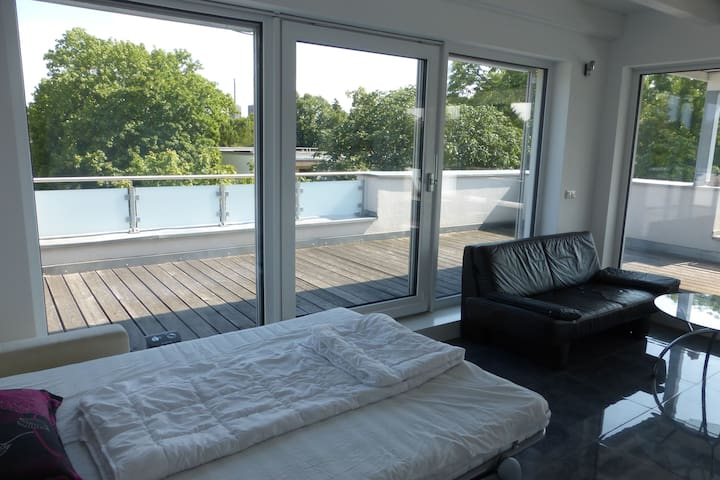 Nice floor in Maisonette with 2 bedrooms - Berlin - Daire