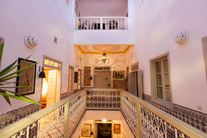 Single solo traveler privada - essaouira - Guesthouse