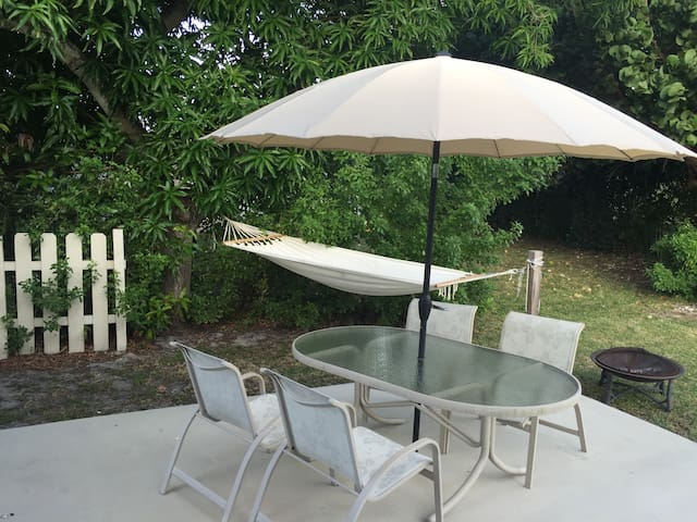 2 BR 1 Bath house in the heart of Delray Beach - Delray Beach - Dom