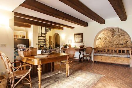 Cozy farmhouse with swimming pool - Collevecchio - Apartment