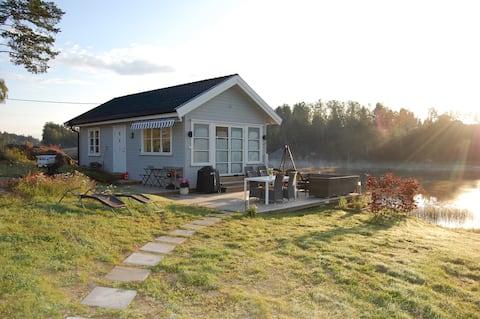 Útulná chata 3 metre od jazera Lyseren, blízko Osla