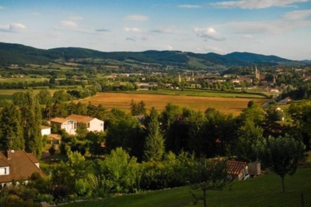 vue depuis les hauteurs de Cluny