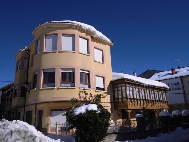 Montaña Románico Palentino - Cervera de Pisuerga - Apartamento