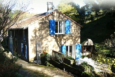 Le chalet bleu - House
