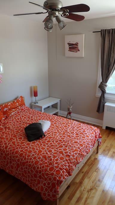 Cozy bedroom 2