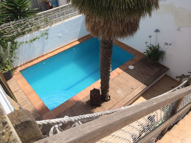 Townhouse 100m from beach w. pool sgl - Palma - Bed & Breakfast