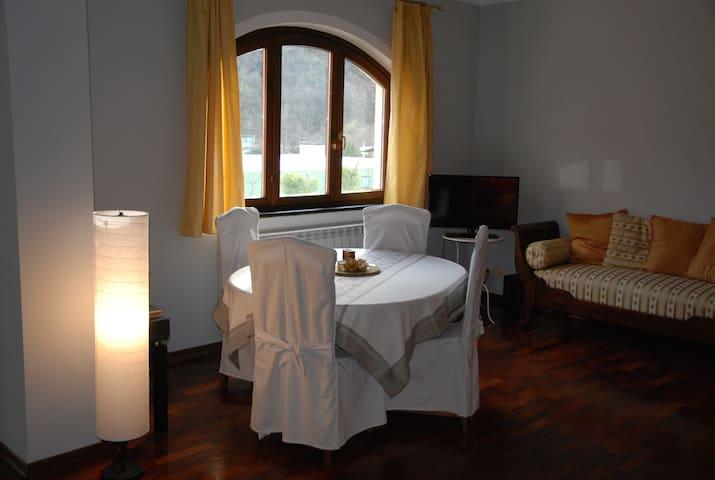 Appartamento signorile in Liguria - Pieve di Teco - Byt