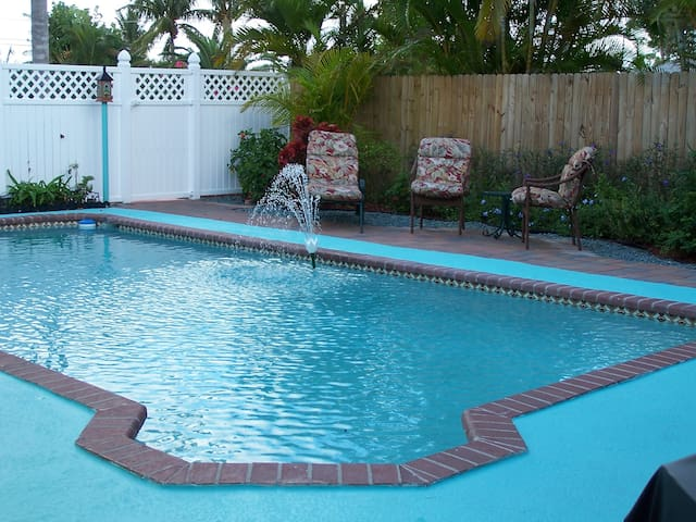 Immaculate Key West Style Home - Lake Worth - Dom