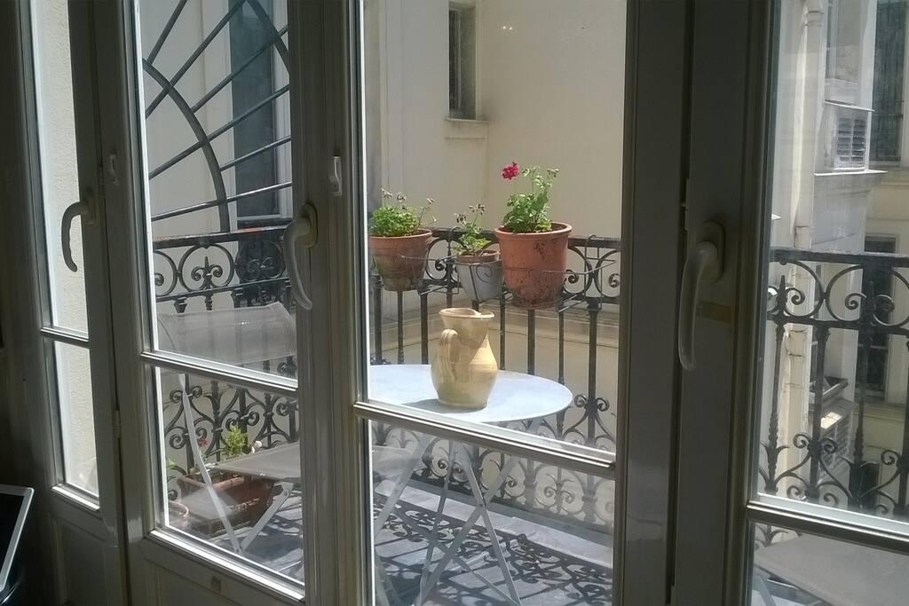 La terrasse, au calme