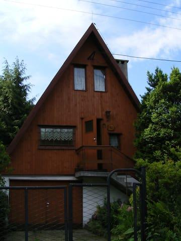 Malowniczy domek w górach - Międzybrodzie Żywieckie - Stuga