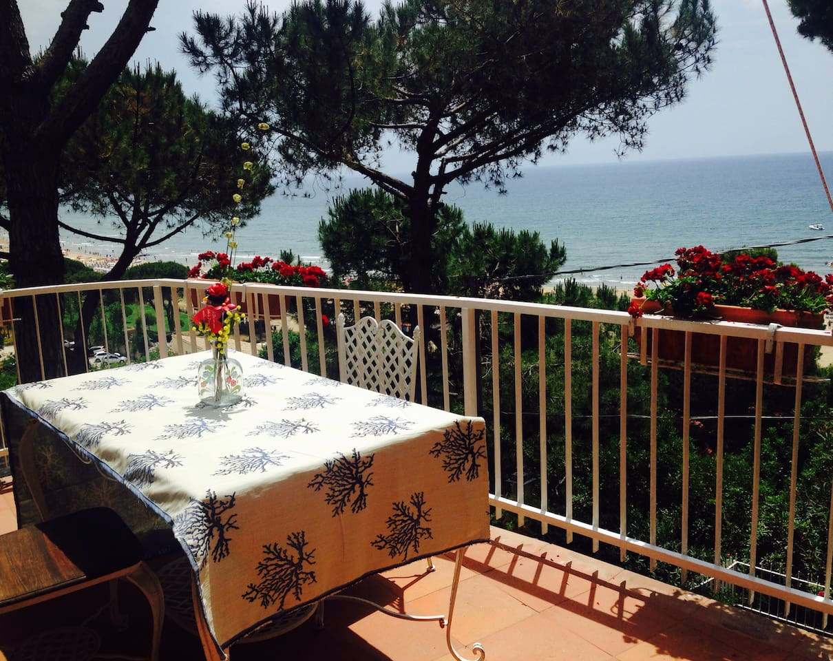 Terrazza vista mare/ balcony