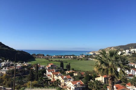 Pissouri Bay 2 Bed Charming Villa, Sea views