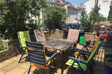 rooftop apartment, perfect location - Wien