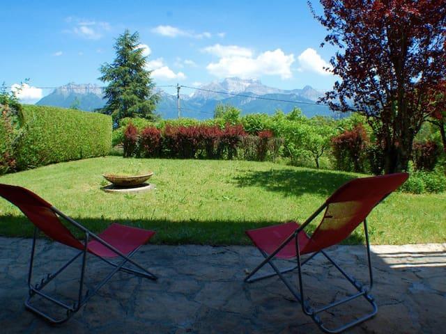 Lake Annecy - Duplex& privateGarden - Saint-Jorioz - Lejlighed