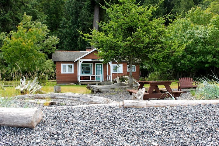 Sleepy Hollow Beach Cottage