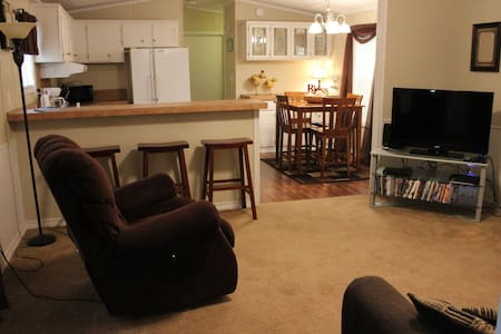 Cedar Villa with *Weekly/*Monthly discounted rates