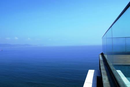 尚会馆·天际顶层360度海景SPA泳池套房