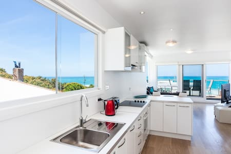 Lorne Beach Accom Apt1