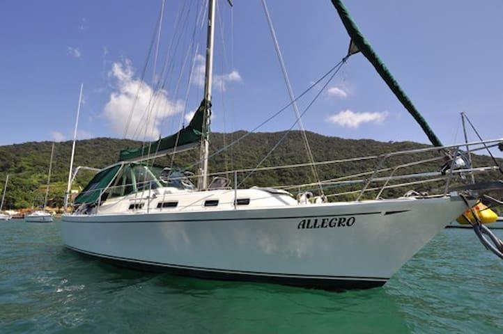 Veleiro Allegro 37 pes, Bocas del Toro