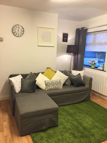 *UPDATED* Cosy & Clean Apartment,Ballybrit-Galway