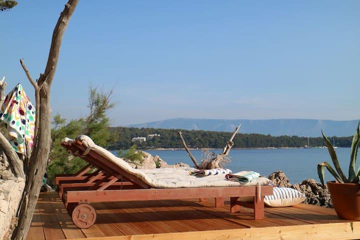 beach front Villa Mila The best position in Hvar!