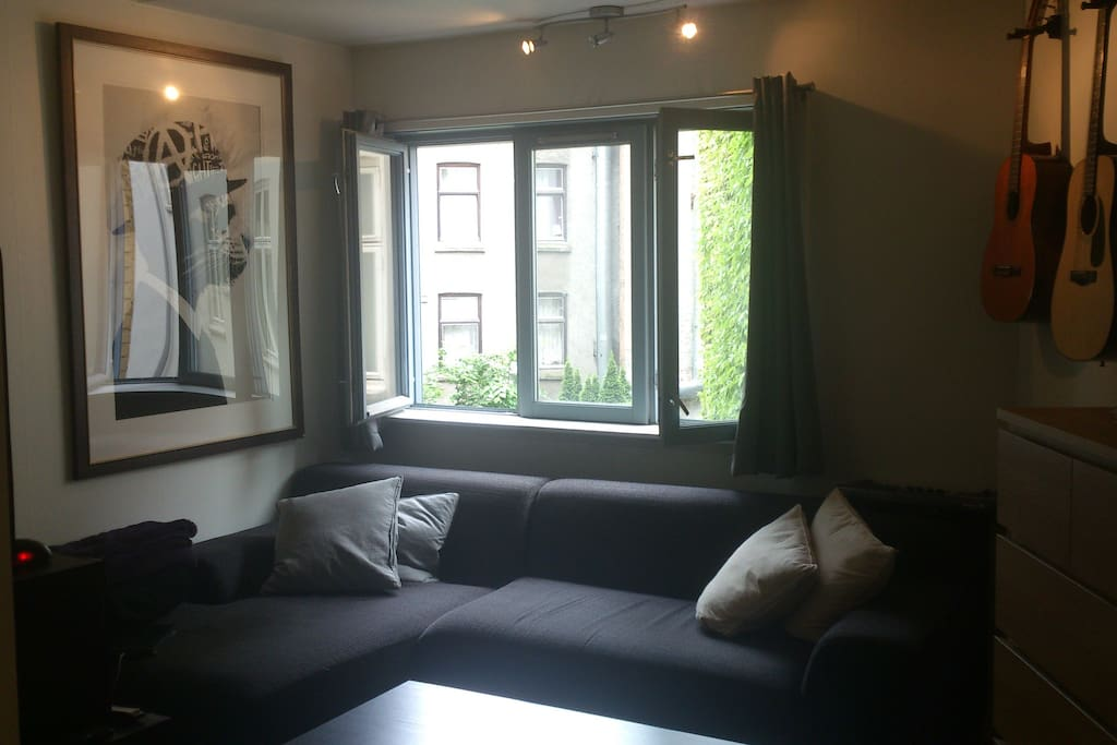 Big, cozy sofa-corner!