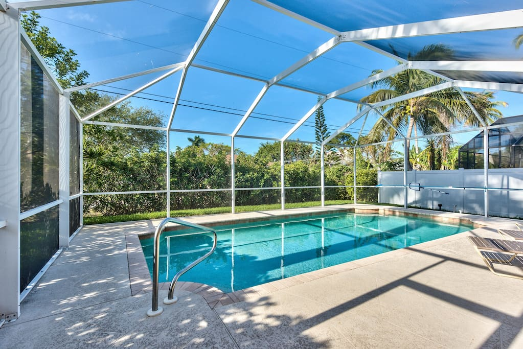 newly decorated  private pool  walk to the beach