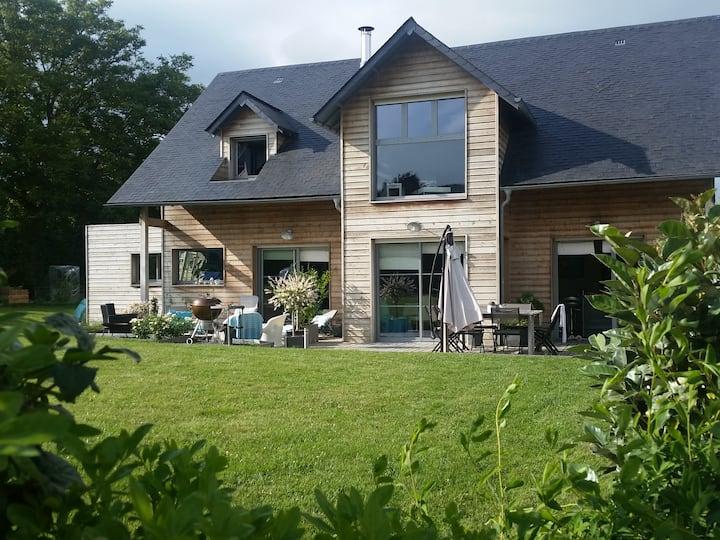 Maison bois avec jardin à proximité de Rouen