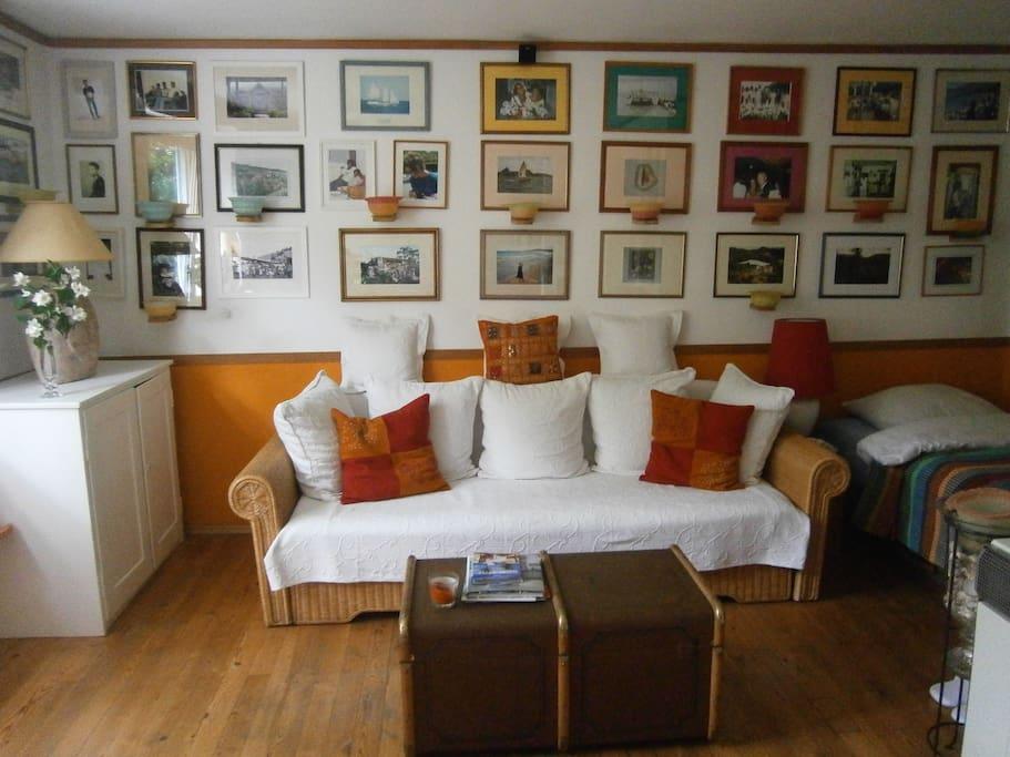 kleine wohnung f r eine person wohnungen zur miete in m nchen bayern deutschland. Black Bedroom Furniture Sets. Home Design Ideas