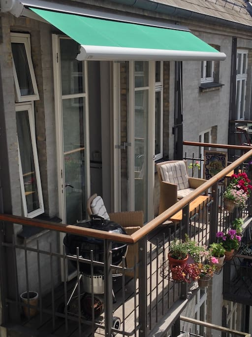 4 meters balcony, with full length awning