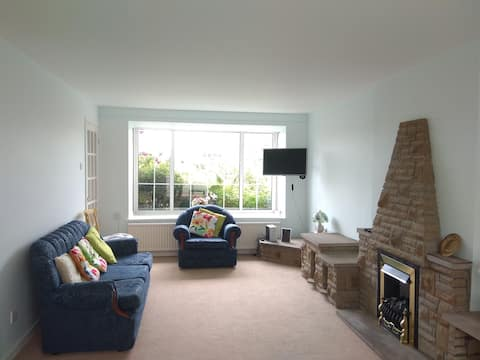 5BR NORTH CENTRAL LET/AIRPORT/STADIUM/OTLEY RUN