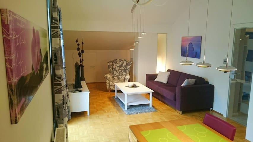 Zwischen Mozart, Bergen und Seen - Haslach - Apartment