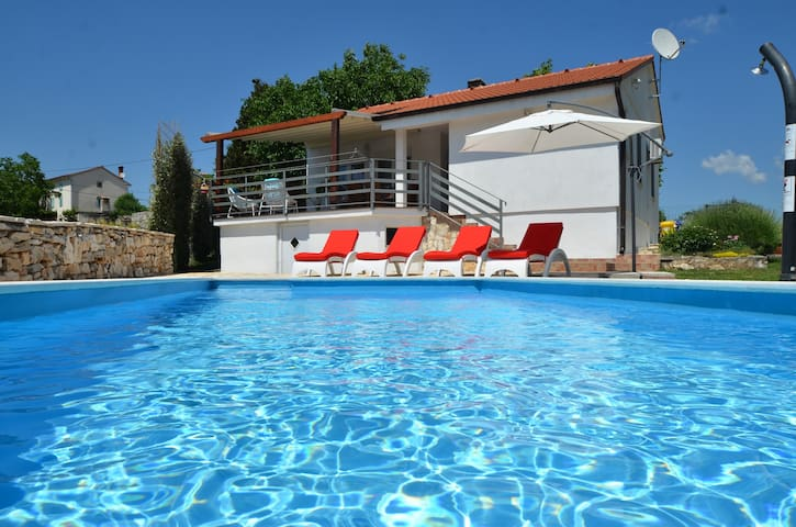 Relaxing holiday house near Rovinj - Kurili - Casa