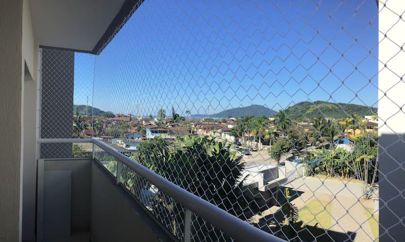 Apartamento em Clube Condominio a 350m do mar !!