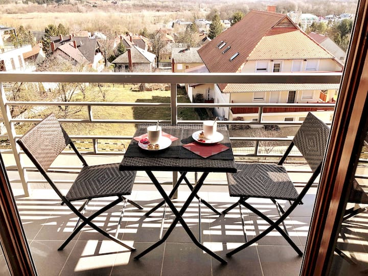 """Savelij"" apartament with panoramic views"