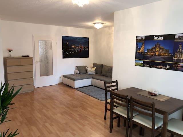 Gemütliche 2 Zi-Wohnung Dresden-Mitte ruhige Lage