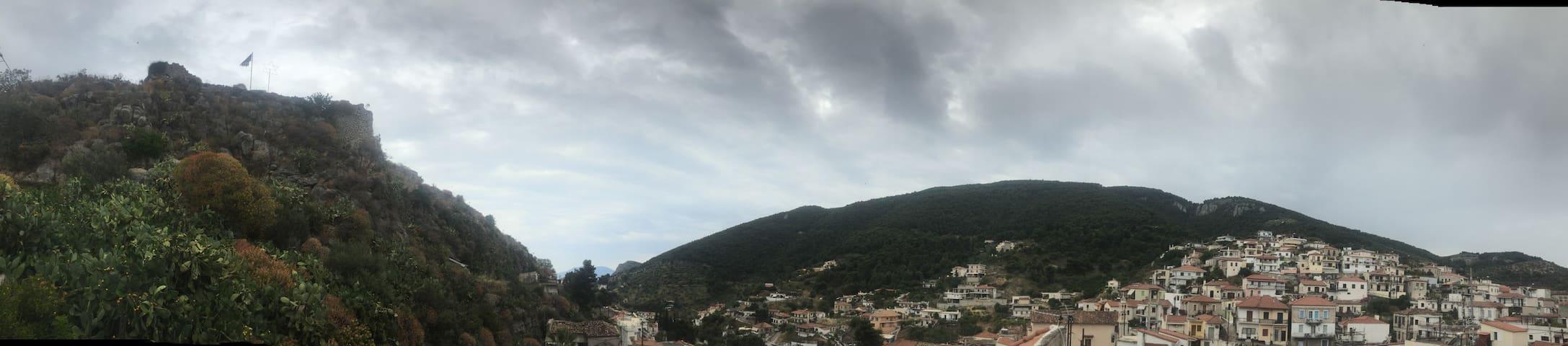 πανοραμική θέα από το σπίτι