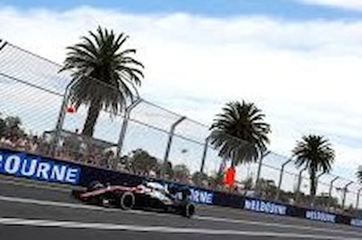 MELBOURNE GRAND PRIX F1! INCL. LOCALS CAR STICKER
