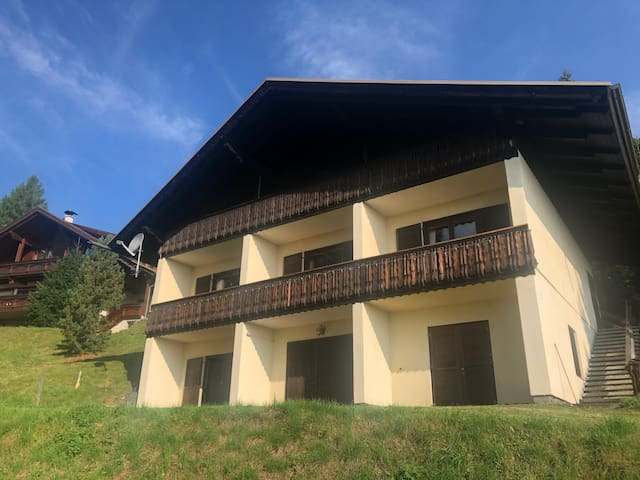 Mountain retreat great for hiking and in ski area