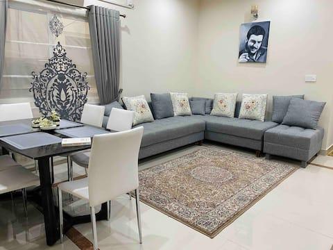 Large luxury apartment 2BR+2BTH+Netflix+wifi