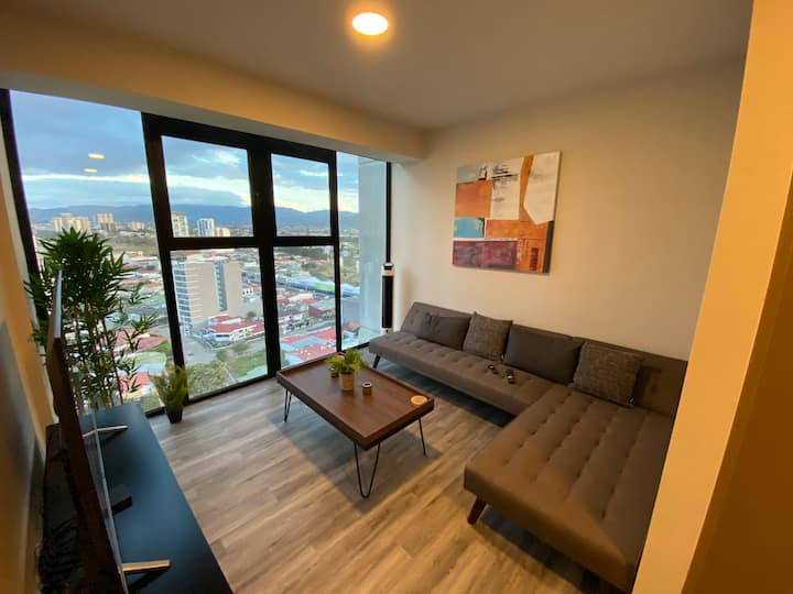 R-NEW LUXURY APARTMENT w/ CITY VIEW AND AMENITIES