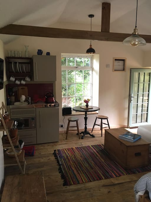 Small kitchen with tea and coffee suppled