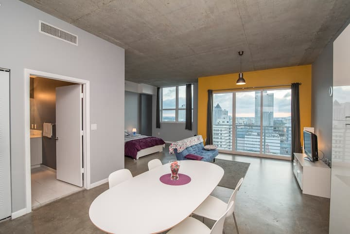 🌟SANITIZED 🌟 PREMIUM MIAMI LOFT WITH PARKING