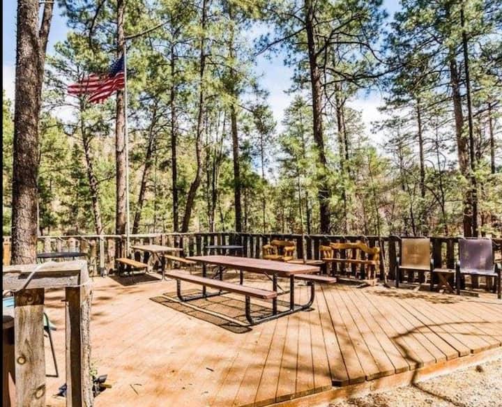 Ponderosa Cabins 104 N Laurel cabin 14