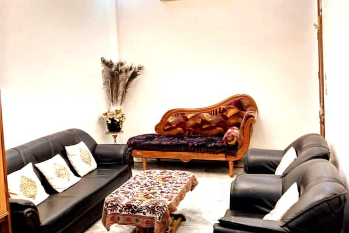 Private Luxury King Size Separate Room