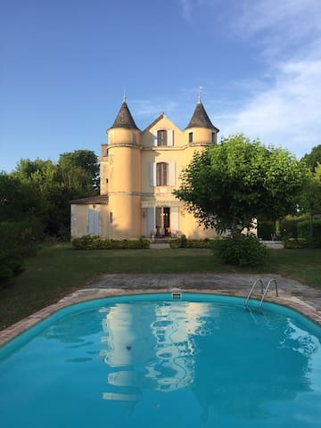 Petit château with heated pool