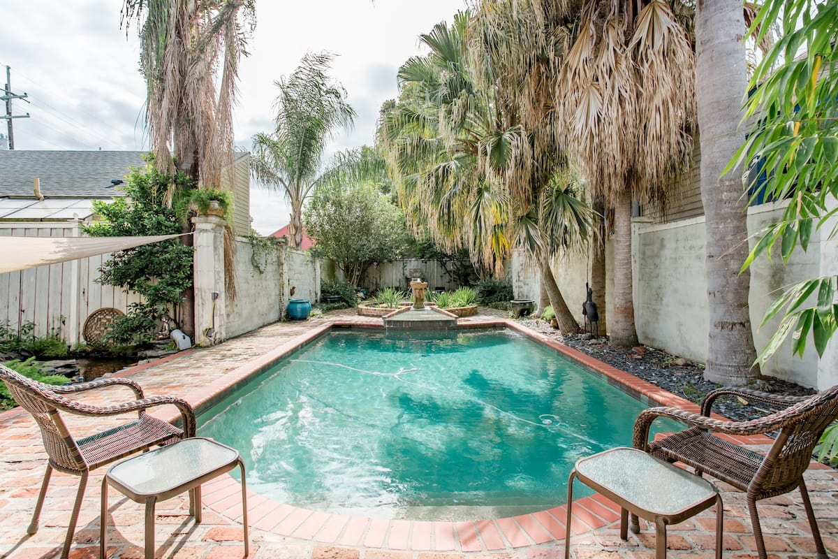 Your Private Oasis Updated Southern Home With Pool 🌺