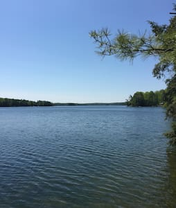 29 acre retreat on Charleston Lake - Athens - Stuga