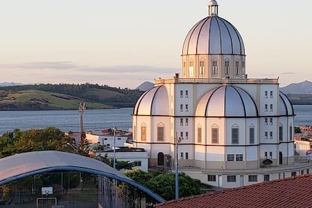 Espaço aconchegante em bairro histórico de Vitória
