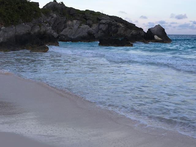 Apartment close to the beaches and amenities....